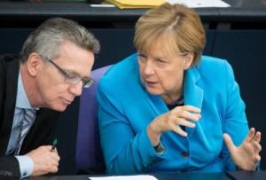 Germania: sui rifugiati, la politica si spacca.