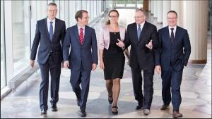 I cinque saggi. Bofinger a a sinistra.