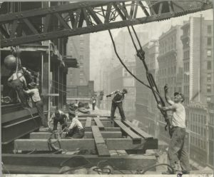 vintage-empire-state-building-construction-photos-by-lewis-wickes-hine-1931-30
