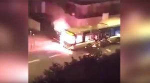Parigi . Bus incendiato, agosto 2016