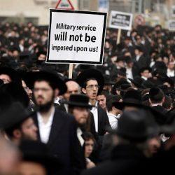 GRANDE MANIFESTAZIONE DI EBREI CONTRO ISRAELE