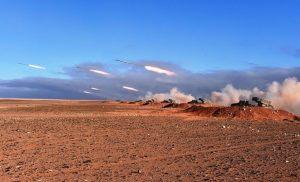 ALGERIA: ESERCITAZIONI CON MUNIZIONI REALI ALLA FRONTIERA CON  LA LIBIA