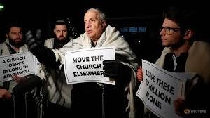 I rabbini chiedono la rimozione della chiesa cattolica di Auschwitz